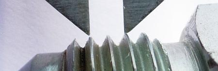 как точно измерить шаг резьбы фитинга штангелем