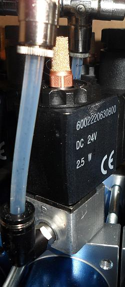 Индустриальная пневматика: фильтры, распределители, клапана, дросселя, цилиндры пневматические, блоки подготовки воздуха