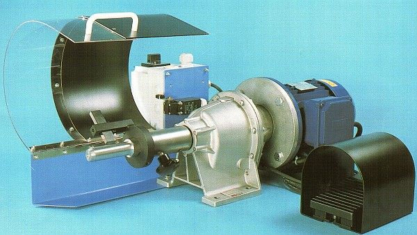 Станок окорочный D-HYDRO HS 50 F2 устройство для зачистки всех типов РВД