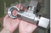 Резьбовые адаптеры нержавеющие метрические ISO 8434-1 DIN 2353 сталь 1.4571